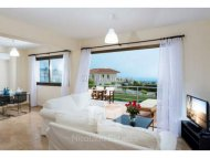 Luxury two bedroom house for sale in Konia Hills in Paphos