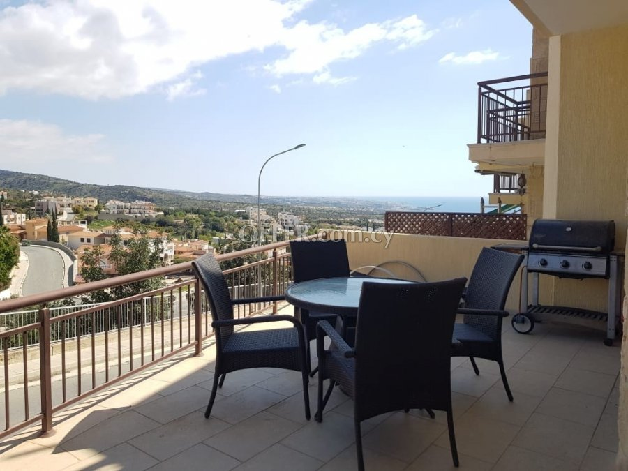 Two bedroom townhouse for sale in Peyia - 1