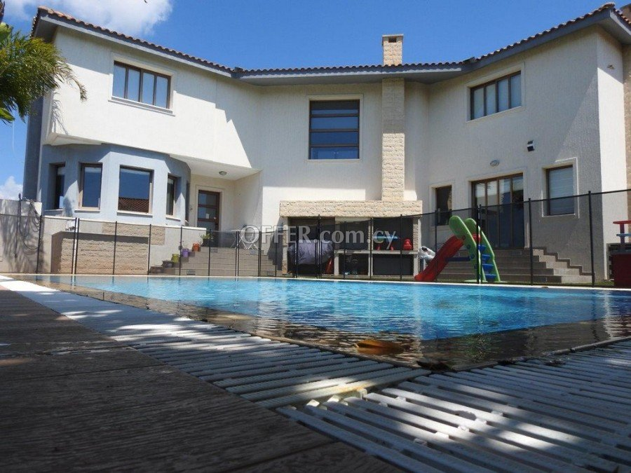 For Sale or rent 5 bed villa Kallithea Ayia Fyla - 1