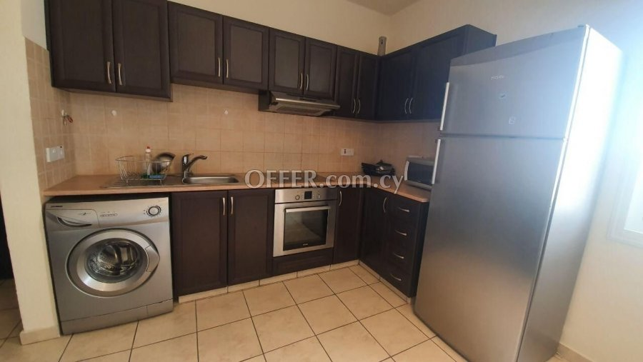 Spacious Modern 2 bedrooms Apartment in Konia - 8