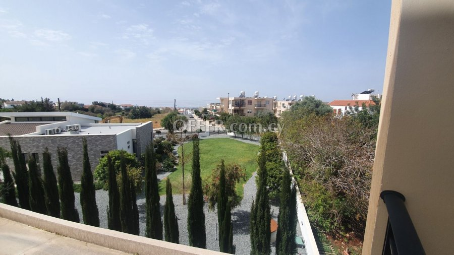 Spacious Modern 2 bedrooms Apartment in Konia - 4